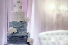 a 3 tier wedding cake