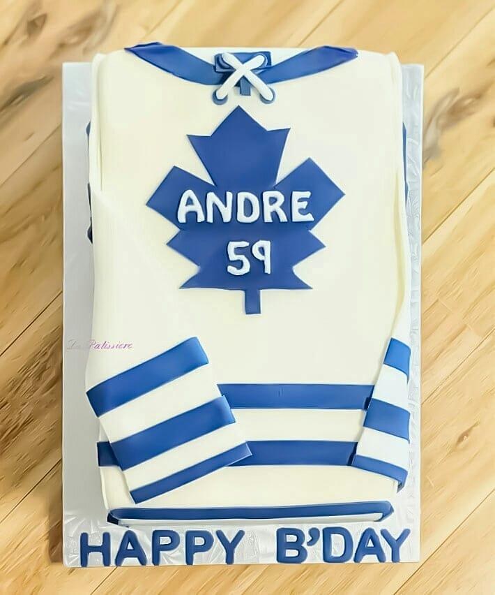 Custom Cakes in Toronto
